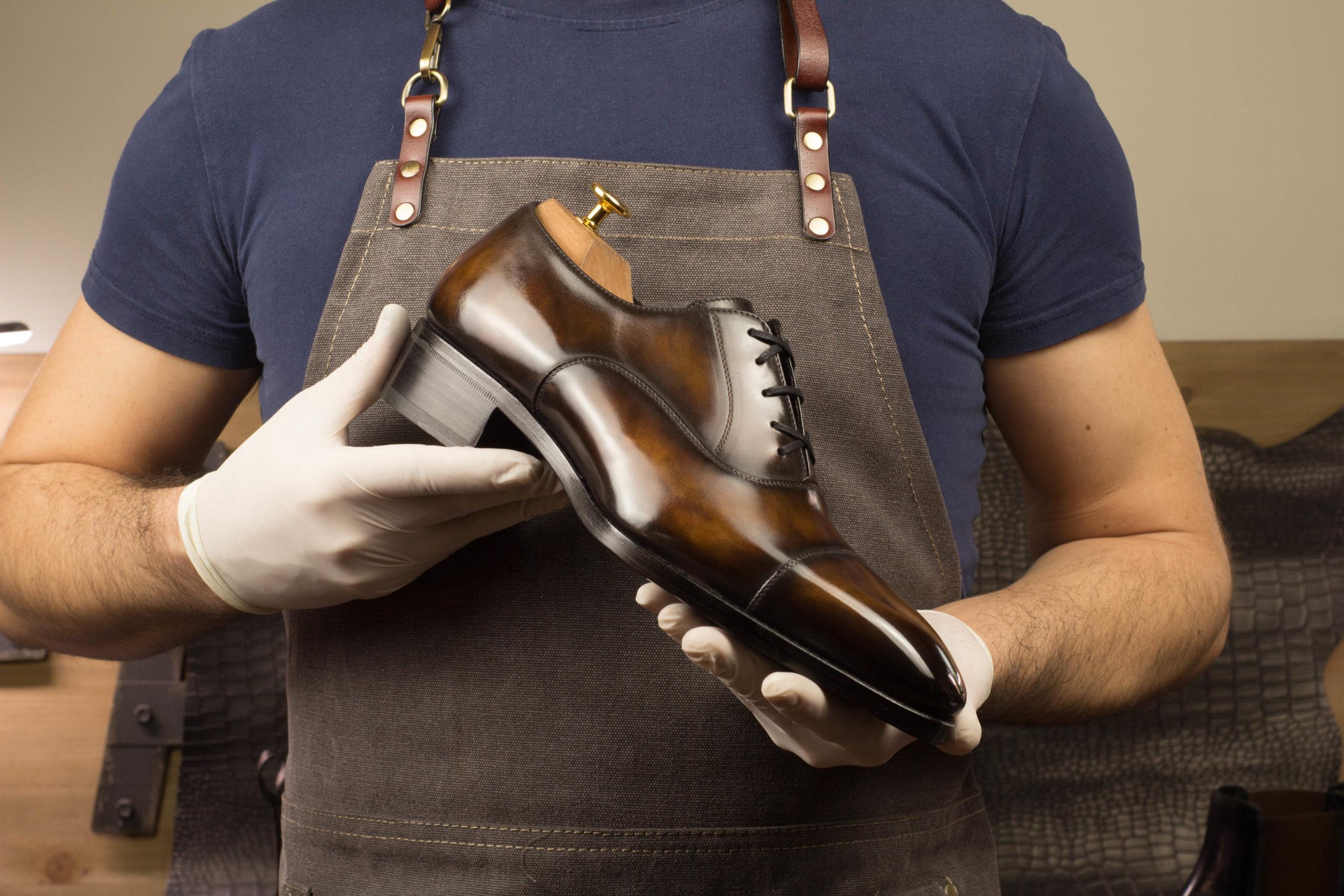 Le Top de la chaussure de Luxe pour Homme pas cher de style italien et réalisé à la main