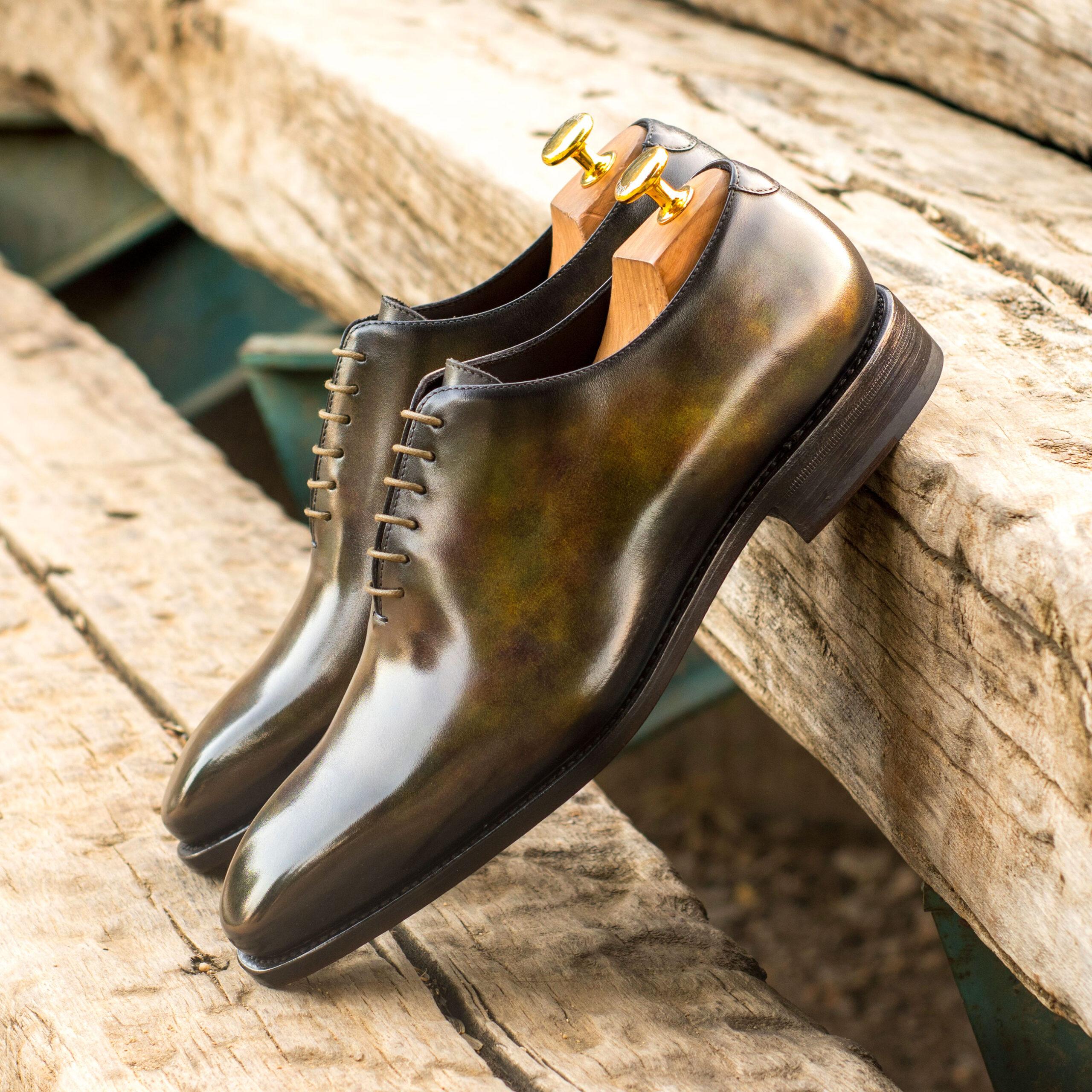 Chaussures richelieu sur mesure pour homme et femme, leur histoire