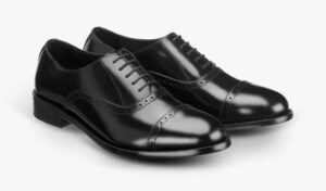 ultimate guide brogues black leather quarter brogue 768x451