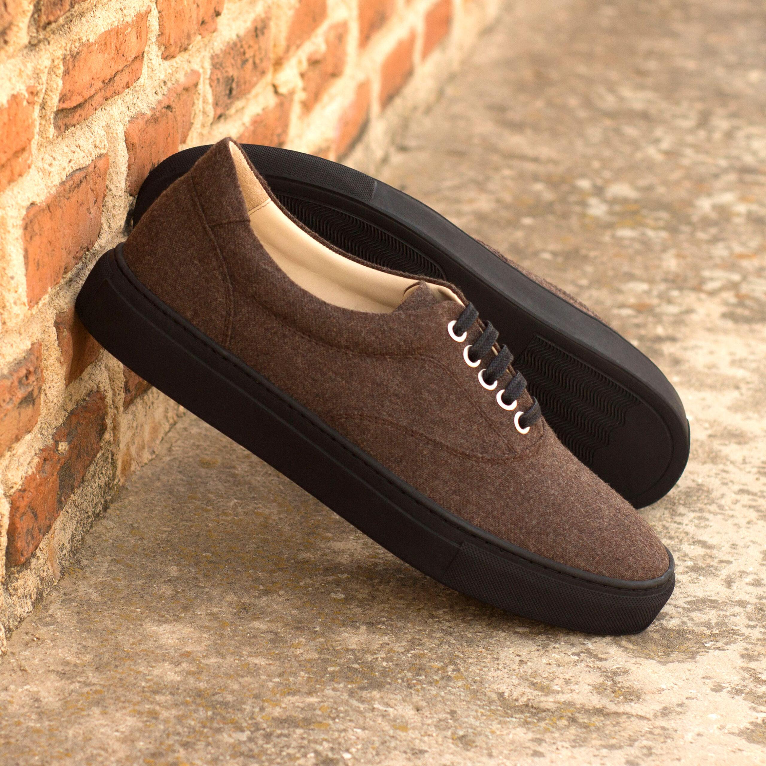 Sneaker basse en flanelle marron et cuir de veau