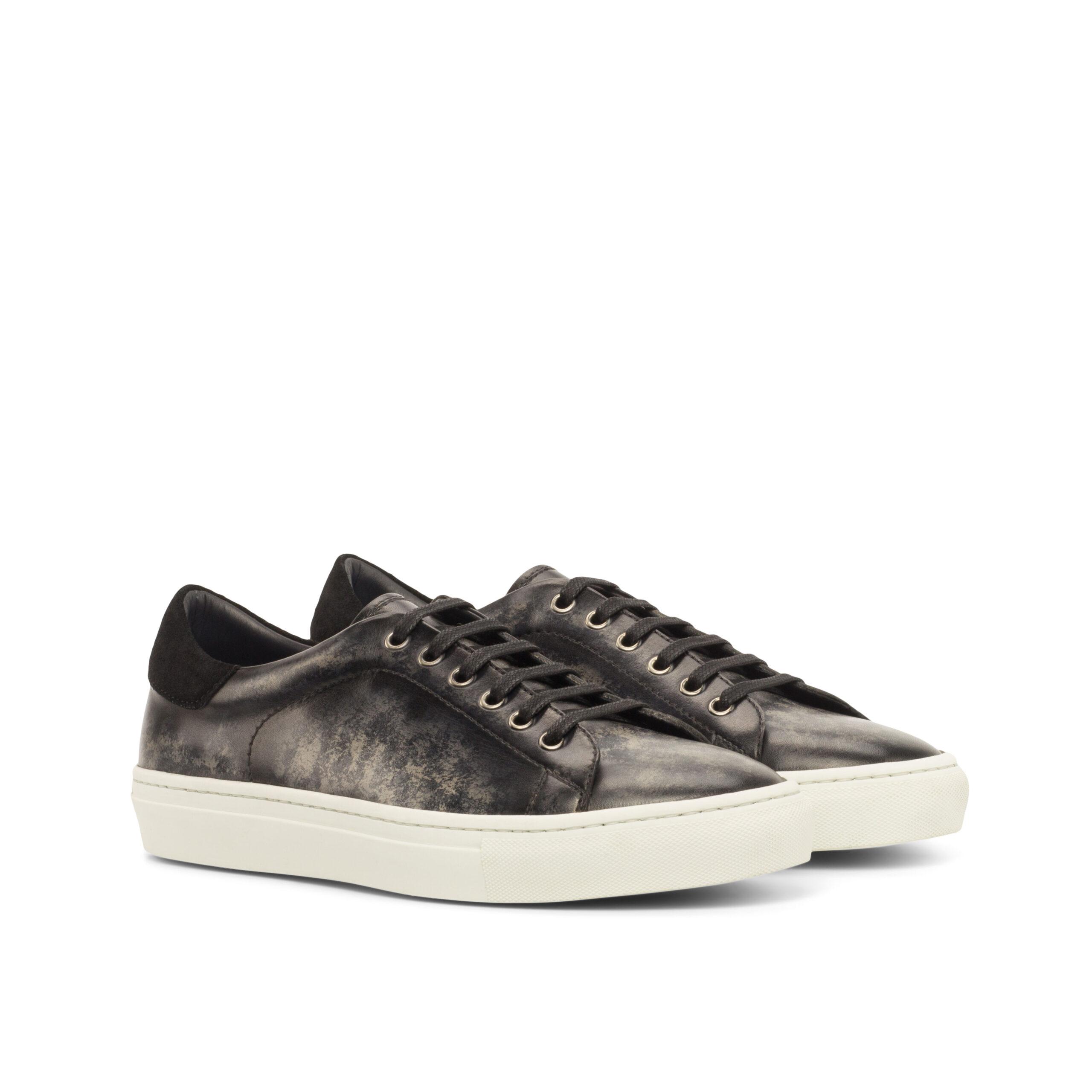 Sneakers daim patiné